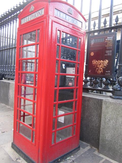 iconic British red telephone box