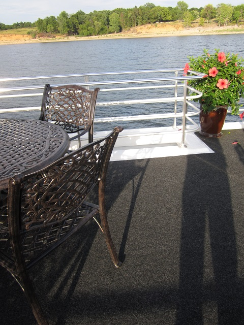my shadow on J&K houseboat