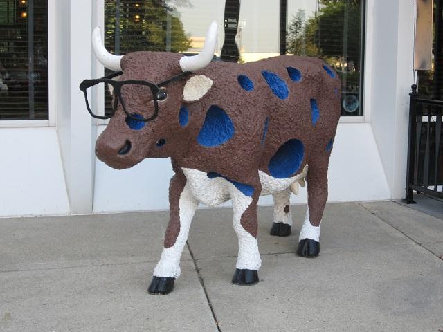 Harry Caray's Restaurant cow parade
